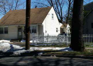 Pre Foreclosure in Ridgefield 07657 SHALER BLVD - Property ID: 1592090833