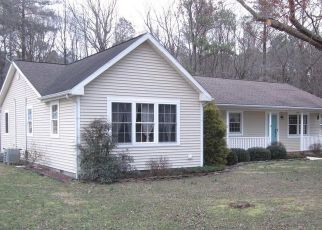 Pre Foreclosure in Denton 21629 HOBBS RD - Property ID: 1592215654