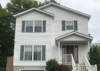 Pre Foreclosure in Mahwah 07430 RAMAPO VALLEY RD - Property ID: 1592705297