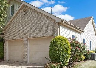 Pre Foreclosure in Monroe Township 08831 WESTBORO LN - Property ID: 1592711879