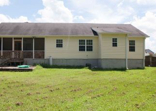 Pre Foreclosure in Jacksonville 28540 FOREST BLUFF DR - Property ID: 1593346494