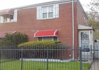 Pre Foreclosure in Chicago 60649 E 73RD ST - Property ID: 1594058196