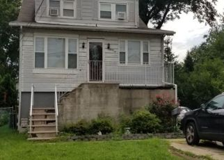 Pre Foreclosure in Moonachie 07074 HENRY ST - Property ID: 1594498364