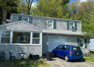 Pre Foreclosure in Bloomingdale 07403 OAK ST - Property ID: 1594584204