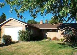 Pre Foreclosure in Sacramento 95822 19TH ST - Property ID: 1594924965