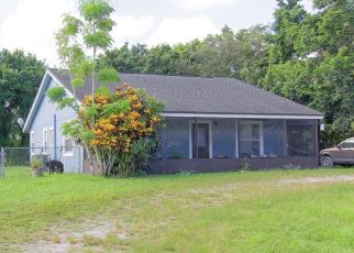 Pre Foreclosure in Loxahatchee 33470 SAN DIEGO DR - Property ID: 1594984519