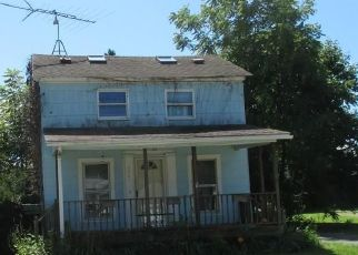 Pre Foreclosure in North Collins 14111 BRANT RD - Property ID: 1595277523