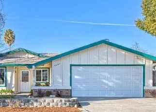 Pre Foreclosure in Sacramento 95826 AMERICANA WAY - Property ID: 1595406282