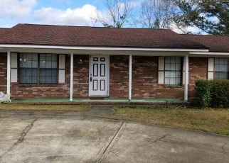 Pre Foreclosure in Havana 32333 SW 3RD ST - Property ID: 1595483365