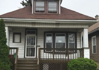 Pre Foreclosure in Chicago 60636 W 72ND PL - Property ID: 1595569654