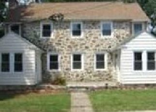 Pre Foreclosure in Lansdowne 19050 S LANSDOWNE AVE - Property ID: 1596252901
