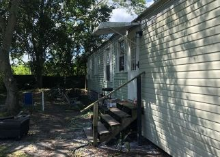 Pre Foreclosure in Lakeland 33801 FLAT RD - Property ID: 1596459616