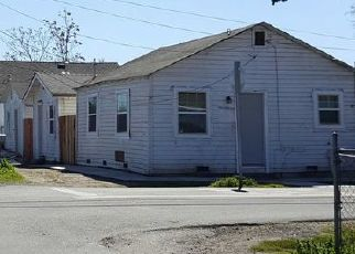 Pre Foreclosure in Stockton 95205 MYRAN AVE - Property ID: 1596641823