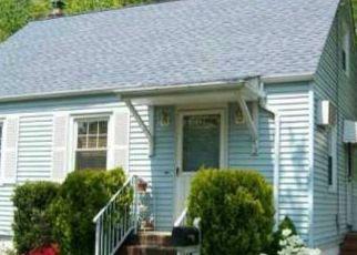 Pre Foreclosure in Avenel 07001 ALDEN RD - Property ID: 1596705764