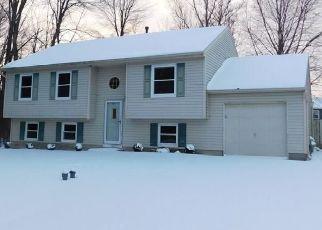 Pre Foreclosure in Cicero 13039 LOCOMOTIVE LN - Property ID: 1596768836