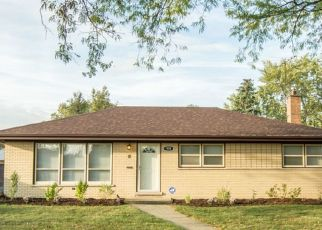 Pre Foreclosure in South Holland 60473 E 166TH PL - Property ID: 1596985178