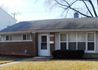 Pre Foreclosure in Lansing 60438 WALTER ST - Property ID: 1597002709