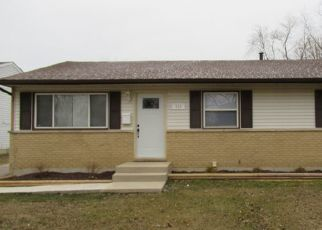 Pre Foreclosure in University Park 60484 IRVING PL - Property ID: 1597037745