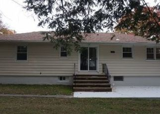 Pre Foreclosure in Pompton Lakes 07442 CLEGG CT - Property ID: 1597455569