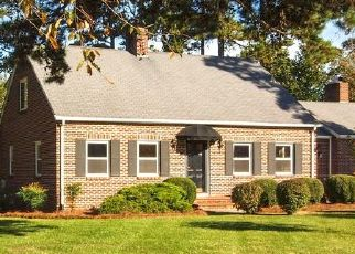 Pre Foreclosure in Kernersville 27284 KERNERSVILLE RD - Property ID: 1597823464