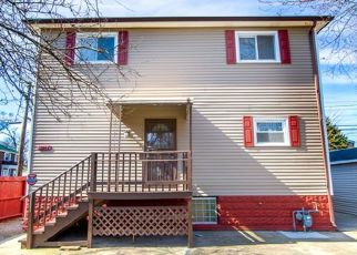 Pre Foreclosure in Riverdale 60827 S STATE ST - Property ID: 1597927258