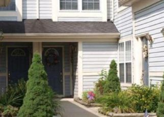 Pre Foreclosure in Woodbury 08096 STEEPLECHASE CT - Property ID: 1598073550