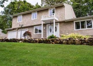 Pre Foreclosure in Farmingville 11738 EVA LN - Property ID: 1598244353