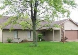 Pre Foreclosure in Fort Wayne 46835 RIDGESIDE LN - Property ID: 1598270193