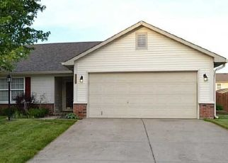 Pre Foreclosure in Noblesville 46062 PINE HILL DR - Property ID: 1598288594