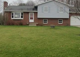 Pre Foreclosure in Grand Rapids 43522 MANORE RD - Property ID: 1598429628