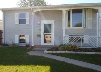 Pre Foreclosure in Romeoville 60446 KAREN AVE - Property ID: 1598585542