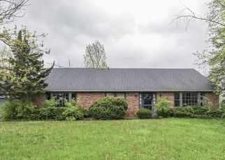 Pre Foreclosure in Indianapolis 46226 N KENMORE RD - Property ID: 1598741909