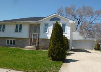 Pre Foreclosure in Joliet 60435 WHITESIDE DR - Property ID: 1598806272