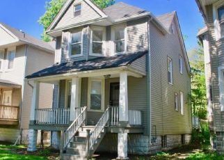 Pre Foreclosure in Chicago 60617 S EAST END AVE - Property ID: 1598808919