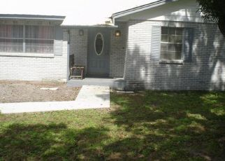 Pre Foreclosure in Seffner 33584 COLONY HILL DR - Property ID: 1598846122