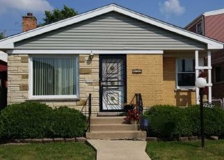 Pre Foreclosure in Chicago 60628 S FOREST AVE - Property ID: 1599171102