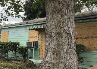 Pre Foreclosure in Lynwood 90262 WALNUT AVE - Property ID: 1599511866
