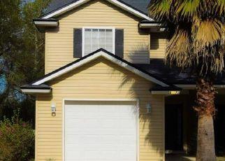 Pre Foreclosure in Yulee 32097 OAK TREE LN - Property ID: 1599754493