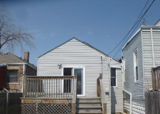 Pre Foreclosure in Chicago 60619 E 89TH PL - Property ID: 1599827637
