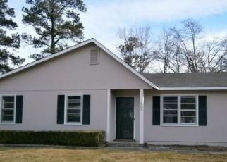 Pre Foreclosure in Jacksonville 28540 REDWOOD PL - Property ID: 1600345768