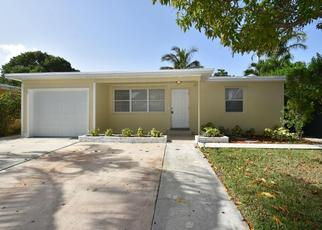 Pre Foreclosure in Lake Worth 33462 W PINE ST - Property ID: 1600656727