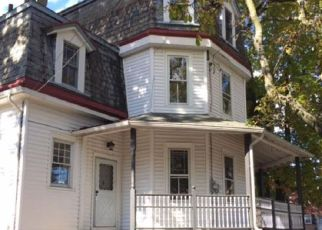 Pre Foreclosure in Darby 19023 ANDREWS AVE - Property ID: 1600713213