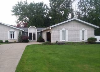 Pre Foreclosure in Depew 14043 BROOKEDGE RD - Property ID: 1600844166