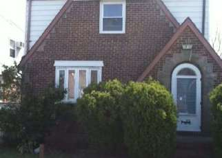 Pre Foreclosure in Cambria Heights 11411 221ST ST - Property ID: 1601812983