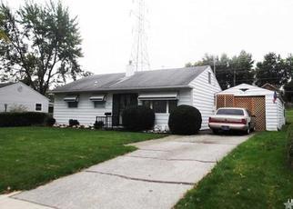 Pre Foreclosure in Fort Wayne 46816 DUNBAR LN - Property ID: 1601831365