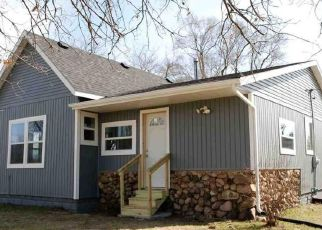 Pre Foreclosure in Bristol 46507 STATE LINE RD - Property ID: 1601846251