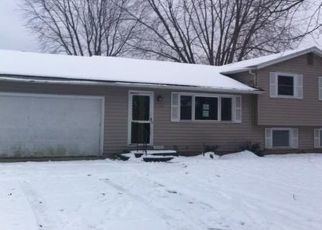 Pre Foreclosure in South Bend 46637 WALSINGHAM LN - Property ID: 1601881287