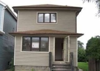 Pre Foreclosure in Forest Park 60130 CIRCLE AVE - Property ID: 1601942161