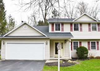 Pre Foreclosure in Baldwinsville 13027 STEEPLECHASE LN - Property ID: 1602003490