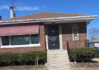 Pre Foreclosure in Chicago 60617 S EAST END AVE - Property ID: 1602419567